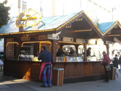 Kerstmarktsfeer al begonnen in Essen en Koln
