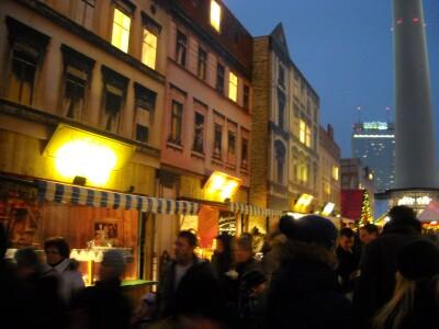 kerstmarkt Berlijn Roten Rathaus